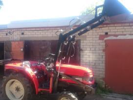 Frontalinis krautuvas mini traktoriui
