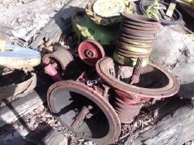 Smulkintuvai,varikliai ir kitos detales kombainams - nuotraukos Nr. 15