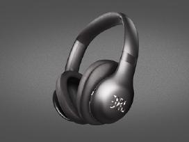 Naujos ausinės Beats Solo 3 Wireless ir kitos