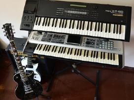 Roland Fantom X6 ir Roland Xp-50 (Workstations)