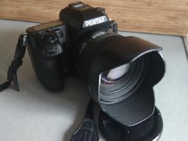 Pentax K5 18-135mm f-3.5 / Sigma 50mm f-1.4