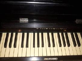Parduodamas pianinas Smolensk,vilnius,justiniškės