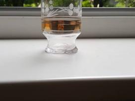 Paauksuotų stiklinių komplektas