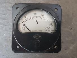Rusų voltmetras 230v ir ampermetras 4/400a