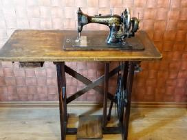 Kaizer siuvimo mašina