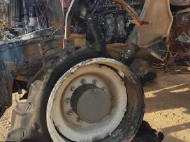Naudotos traktoriaus Valtra T234 atsarginės dalys