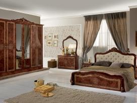 Akcijiniai italiski miegamojo baldai