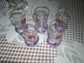 5 senoviniai stikliukai