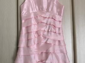 Vaikiska, ruzava, puosni suknele