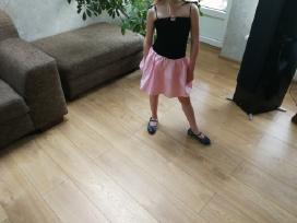 Suknėlė 6-7 metų mergaitei