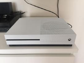 Parduodamas Xbox One S 1tb