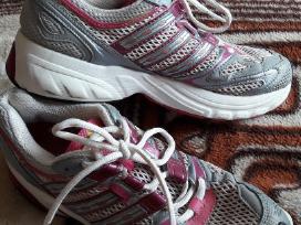 Adidas moteriški sportiniai bateliai