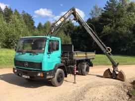 Sunkvežimis su manipuliatoriumi / Fiskaru/ Kranu