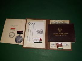 Lietuviški Ltsr apdovanojimai vienam asmeniui