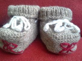 Nauji, megzti batukai mažyliui, vilnoniai