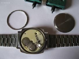 Laikrodis Elektonika Veikia .zr. Foto.pirmas Model