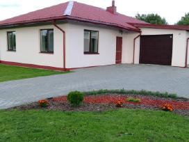 Jaukus trijų miegamųjų namas