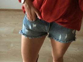 Plėšyti džinsiniai šortai - nuotraukos Nr. 2