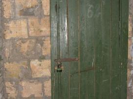 Naudotos medinės durys malkoms. 100vnt Padovanosiu