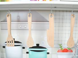 Aukštos kokybės medinė virtuvėle vaikams