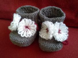 Nauji, megzti batukai mažyliui, pusvilnoniai