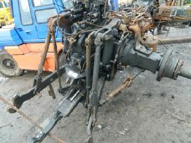 Traktoriaus new holland t7030 atsarginės dalys