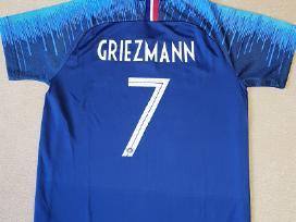 Prancuzijos rinktinės futbolo apranga