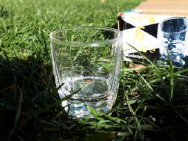 6 nauji stikliukai