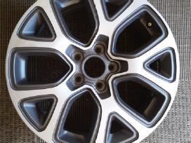 Fiat 500x ratlankis vienas r17