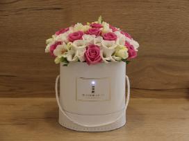 Grojančios gėlių dėžutės