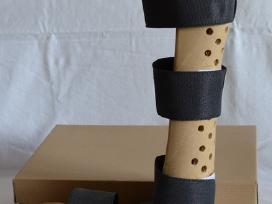 Naujas kulkšnies-pėdos įtvaras