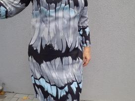 Suknelė ilgomis rankovėmis
