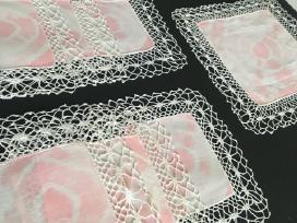Nertos servetėlės su batika