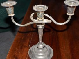 Sidabruota trijų žvakių žvakidė