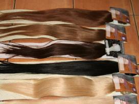 Prisegami natūralus plaukai