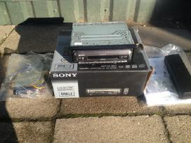 Naujos Sony Cdr-r3350c ir Deh5000ub