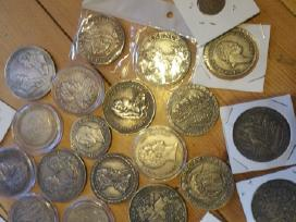 Parduodu kelias Lenku Lietuviu monetas