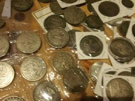 Siūlau Amerikos monetų kaina po 5 eurus.