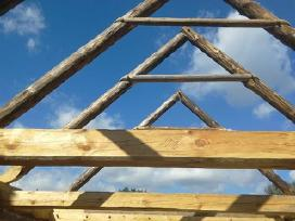Rąstinių pastatų statyba ir restauravimas.