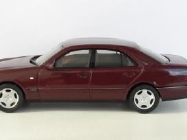 1/43 modeliukai MB E-class E320 Avantgarde W210