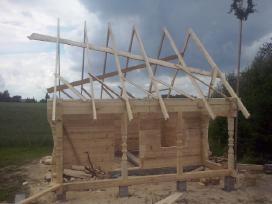 Pjaunu medieną juostiniu gateriu kliento namuose