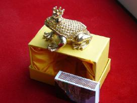** Parduodu nuostabaus grožio varlytes-dėžutes.