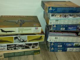 Plastmasiniai 1:48 mastelio lėktuvų modeliai