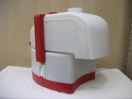 Sulčiaspaudė-daržovių tarkavimo mašina Sadovaja