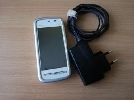 Puikiai veikiantis su pakrovėju Nokia 5228