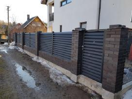 """Skardinės """"Žaliuzi"""" tvoros gamyba ir montavimas"""