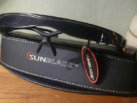 Iškirtinio dizaino apsauga-akiniai nuo saulės vyr.