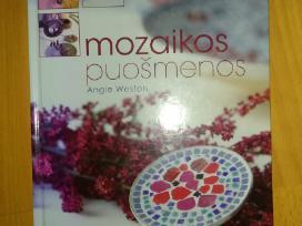 """Knyga """"Mozaikinės puošmenos"""""""