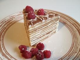 Medaus tortas, kibinai
