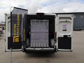 Pakrovimo rampa mikroautobusams
